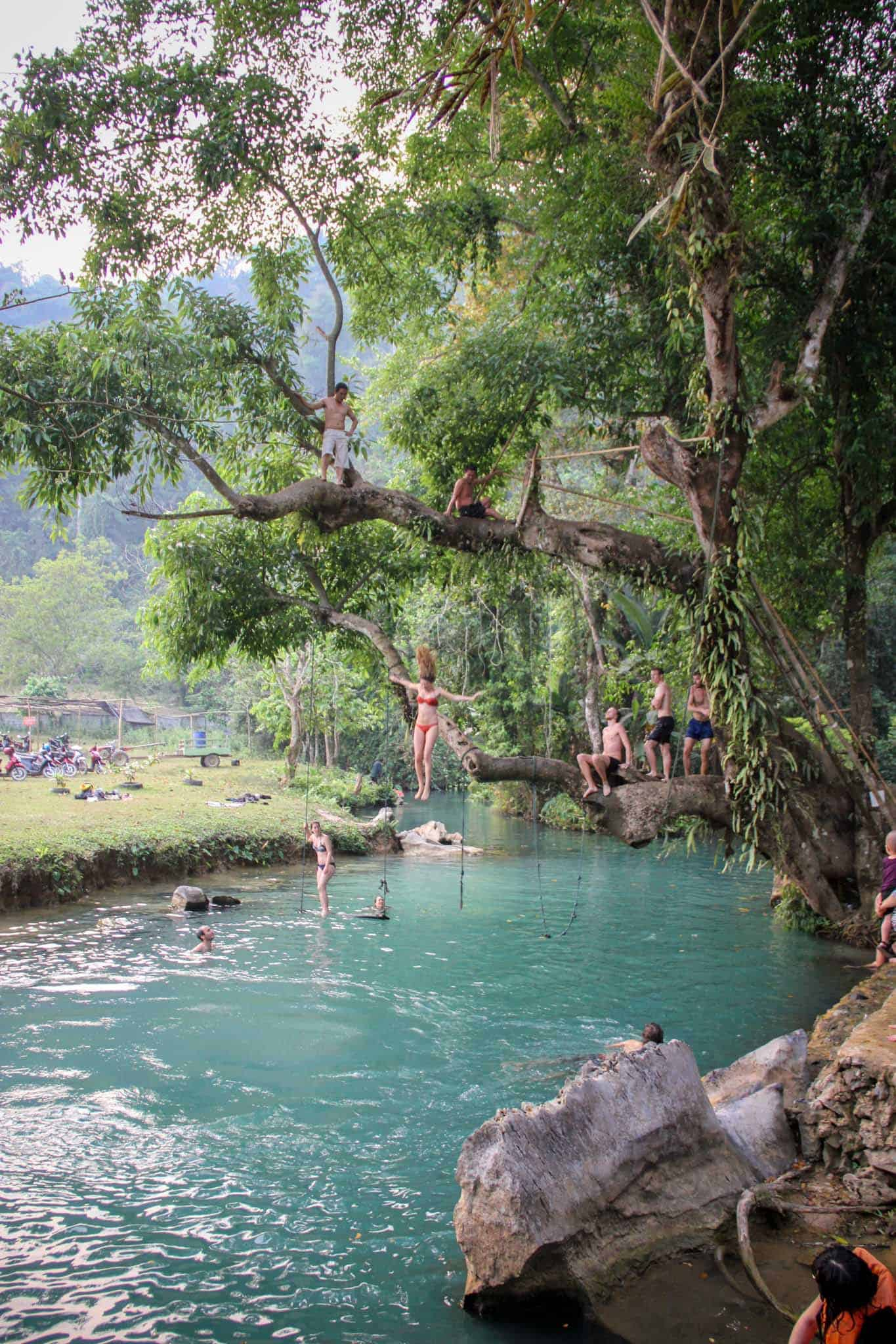 Blue Lagoon Vang Vieng Photos