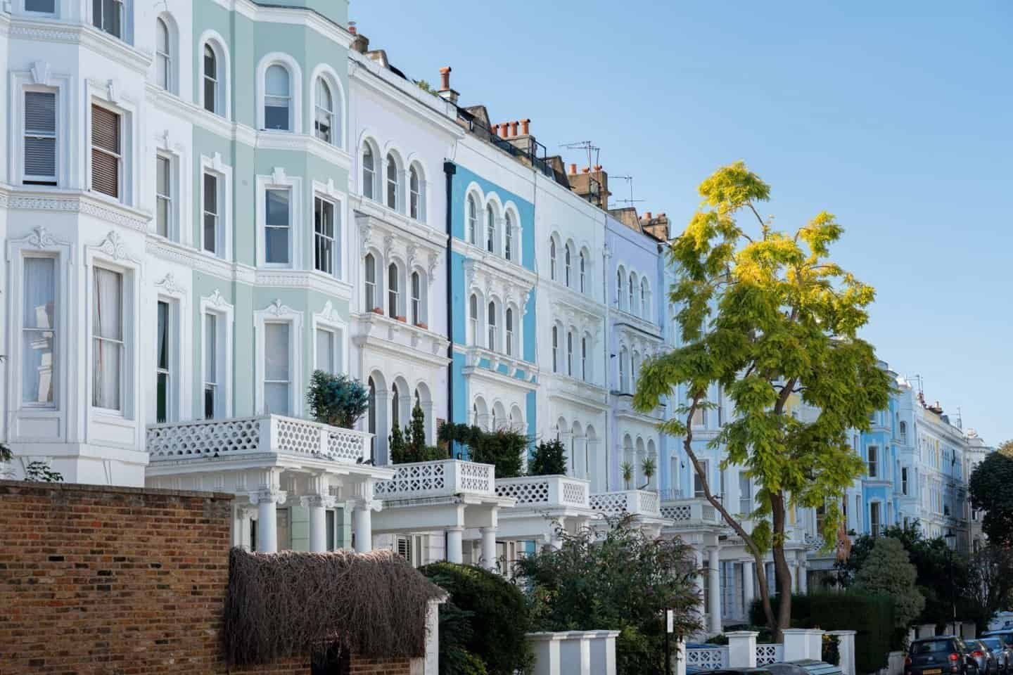 Colvile Terrace colorful houses Notting Hill