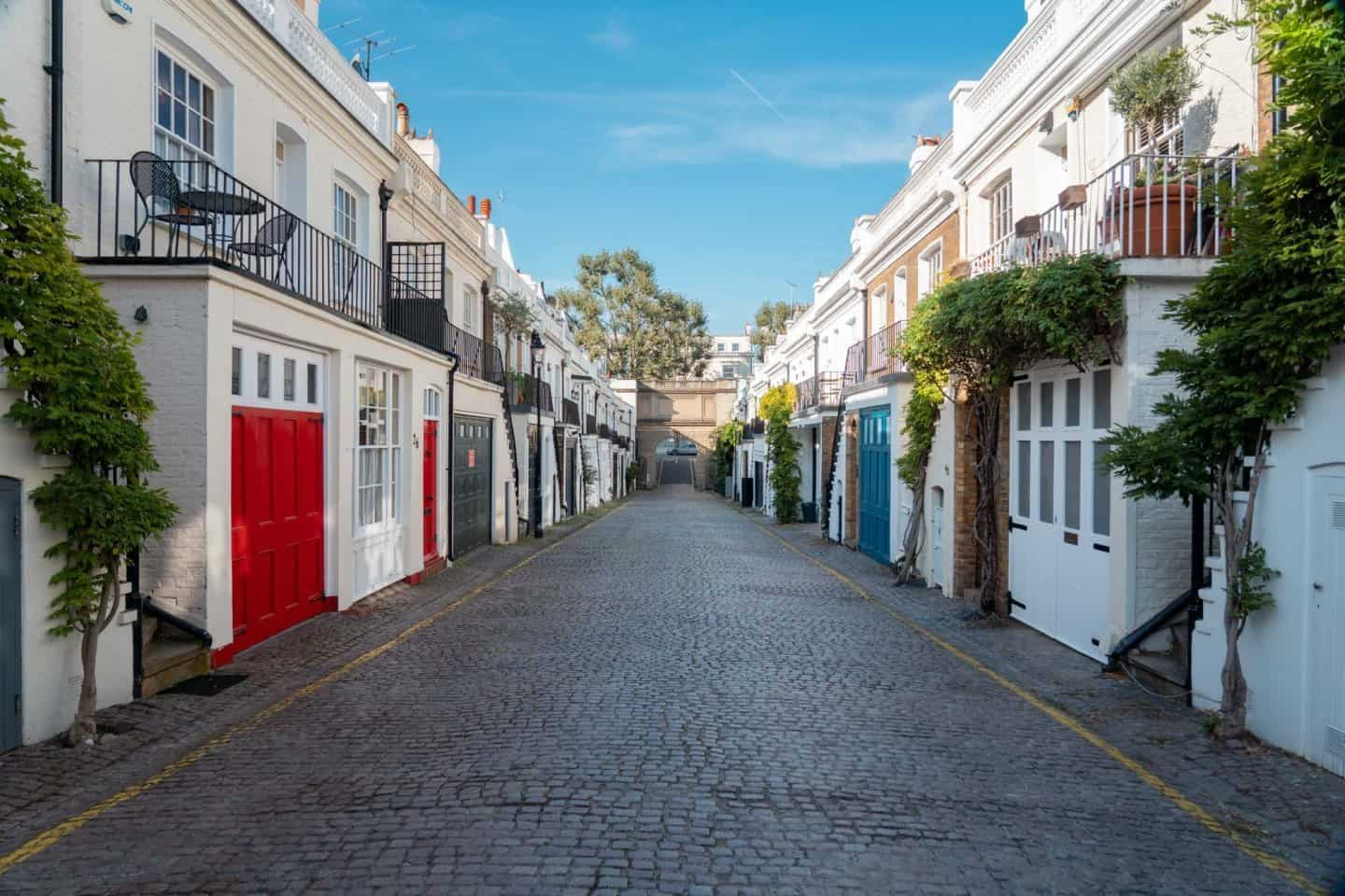 Holland Park Mews in Notting Hill, one of the most Instagrammable places in London