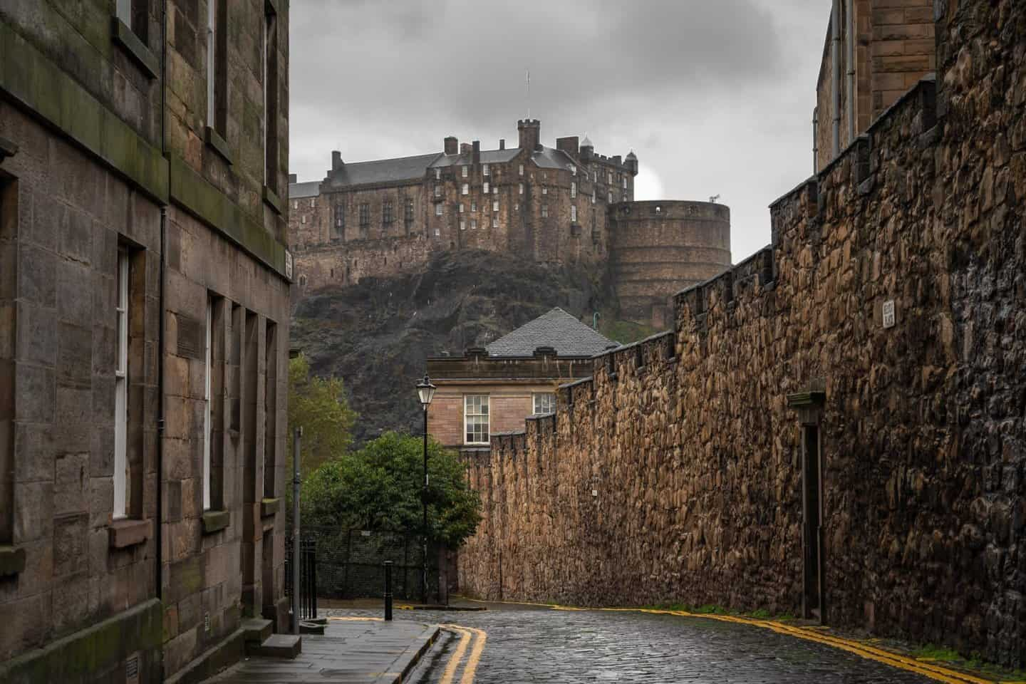 A stunning city view of old town Edinburgh with Edinburgh Castle looming in the background.