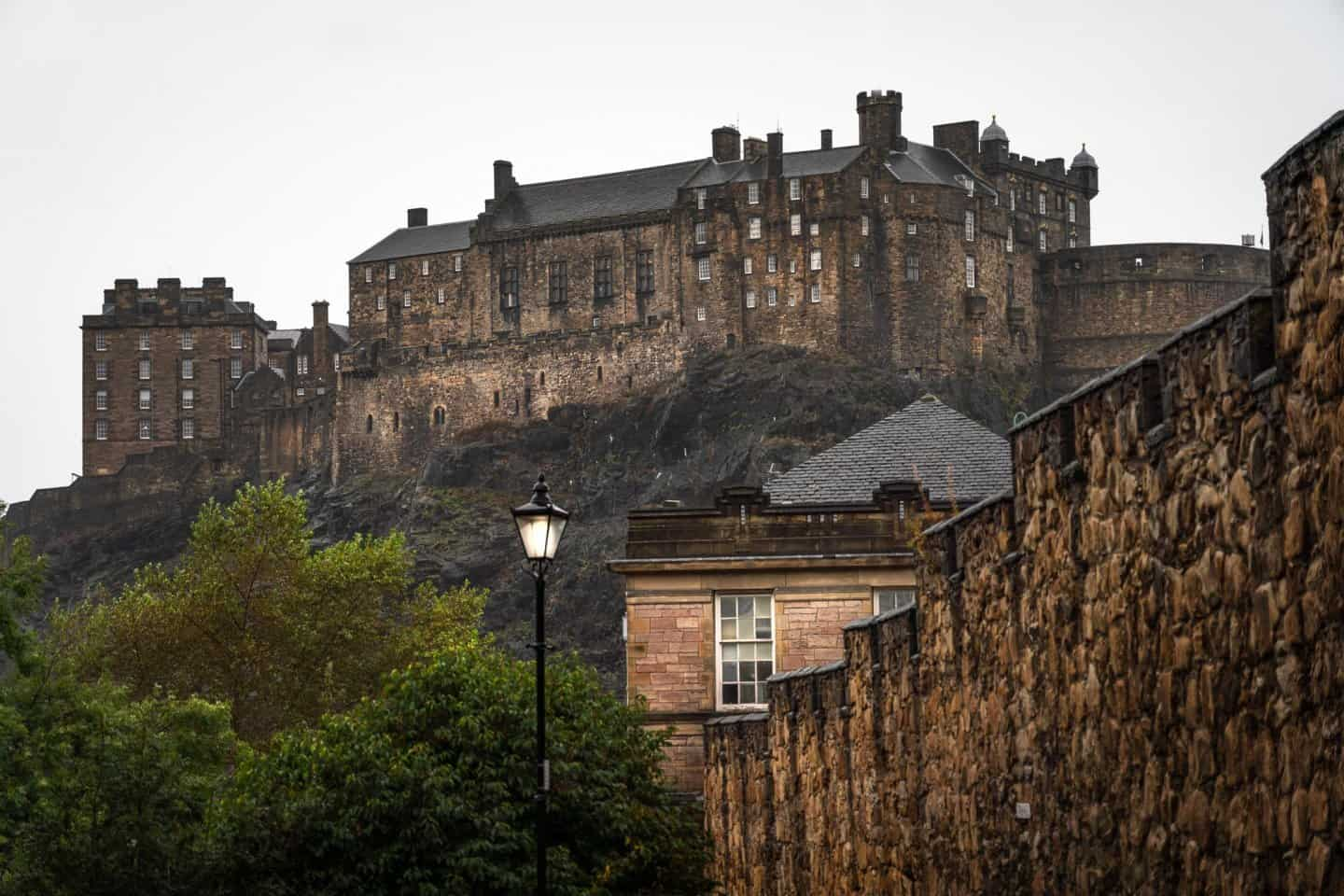 If you have extra time before or after your Isle of Skye 2 day tour from Edinburgh, be sure to check out the Edinburgh Castle from Grassmarket.