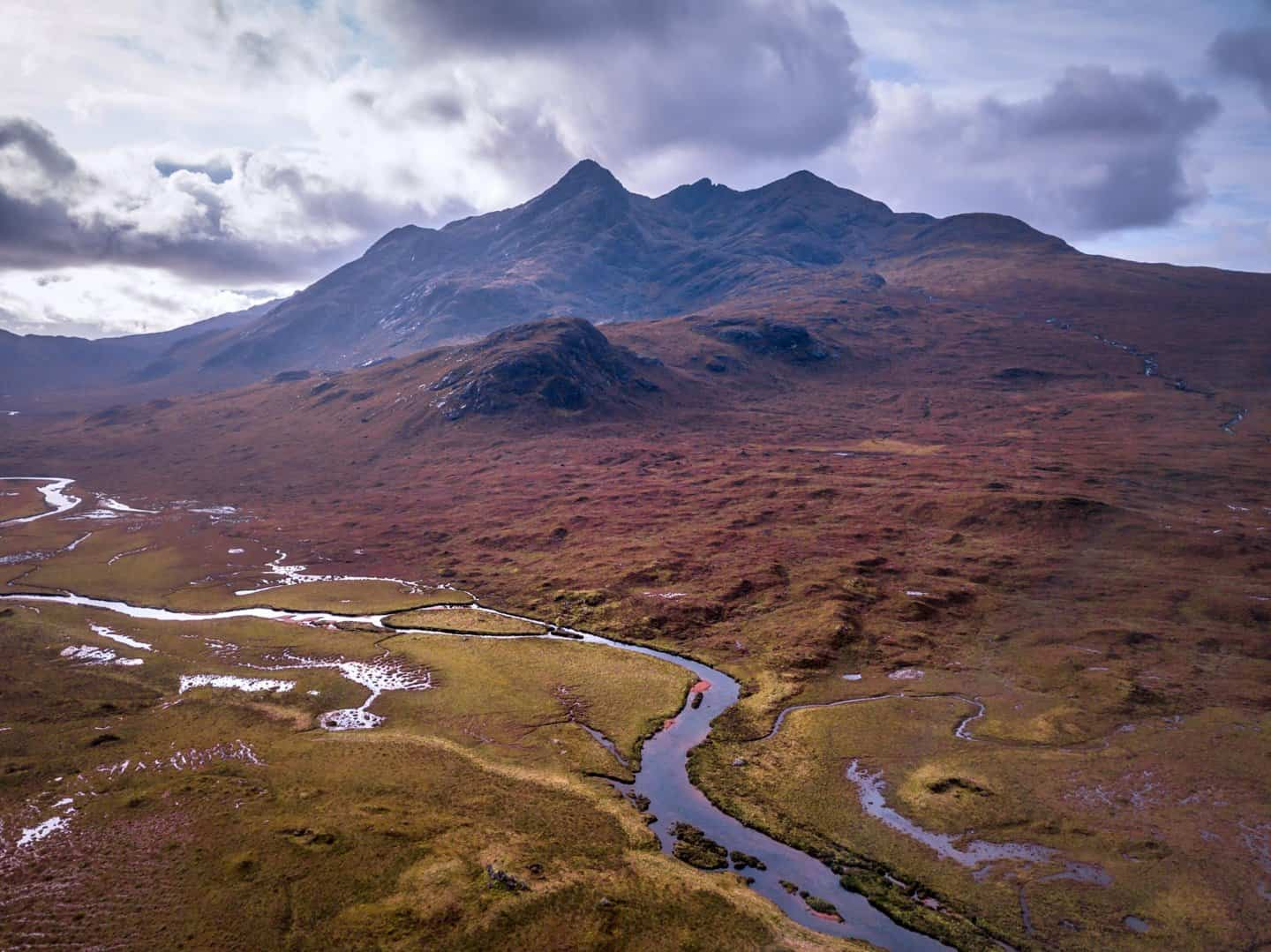 Soaring high about Sligachan on Day 1 of the Isle of Skye 2 day tour from Edinburgh.