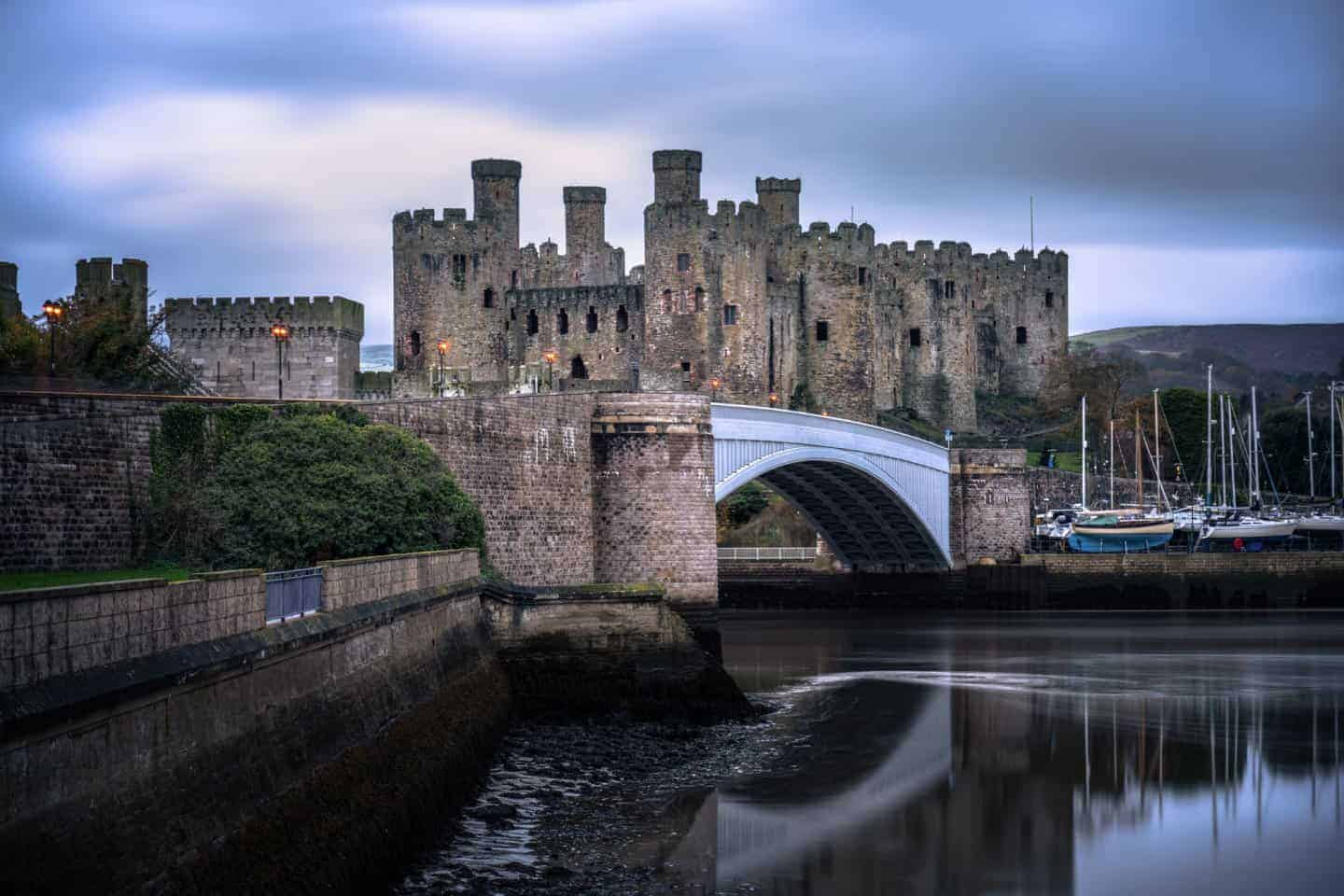 There are not many castles included in the Snowdonia photography locations, but Conwy Castle is worth the detour.