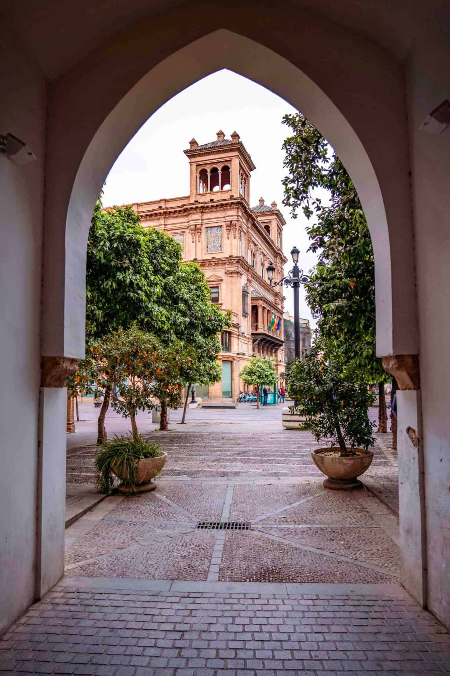 Exploring Barrio Santa Cruz with 3 days in Seville