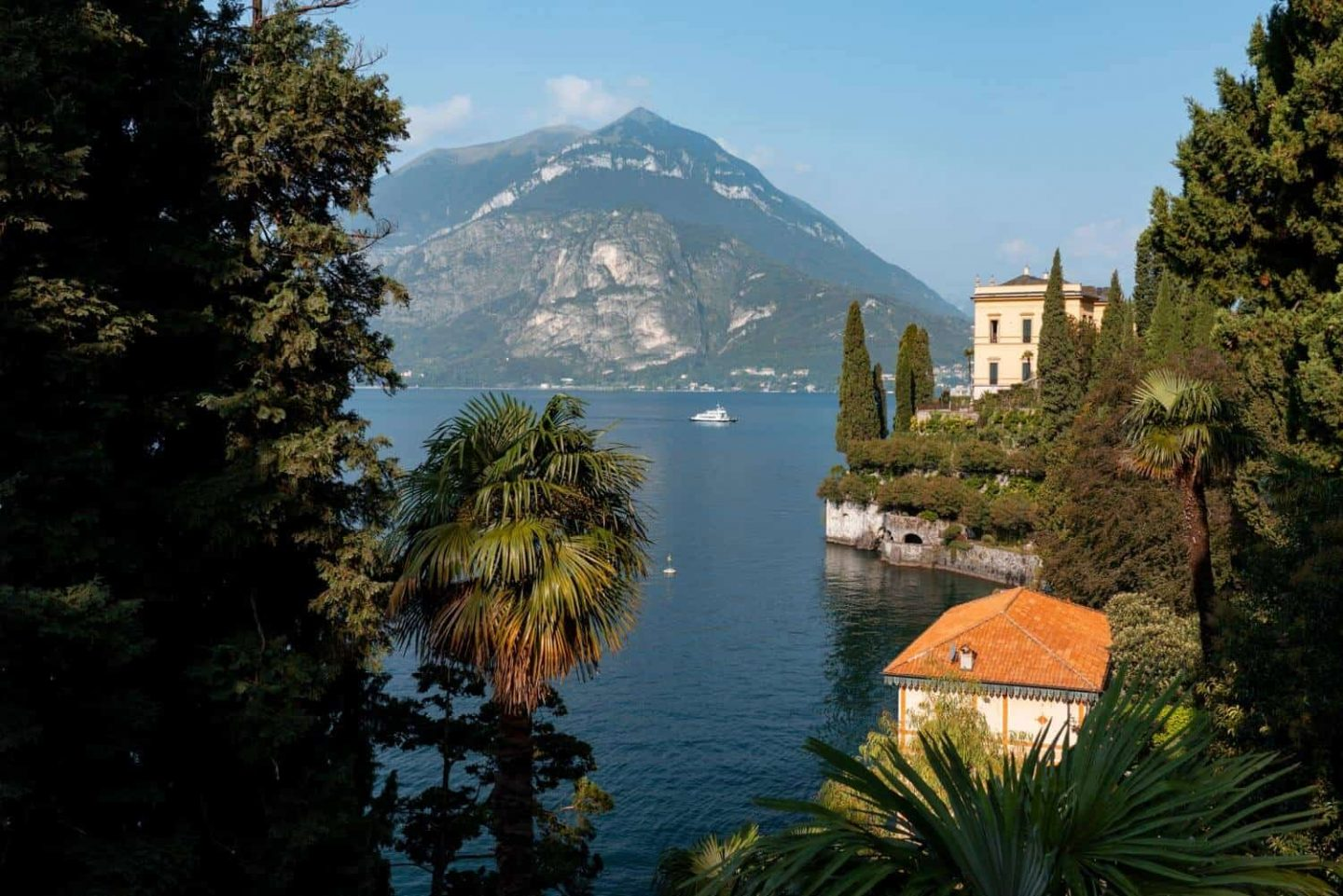 Villa Cipressi is a must see on a day trip milan to lake como