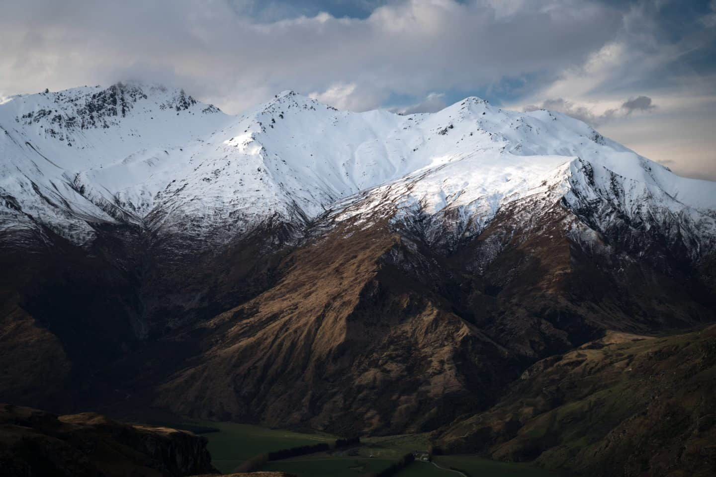 NZ landscape photography of the mountains near Wanaka.