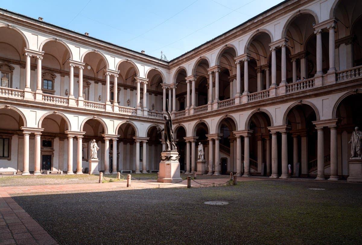 The courtyard within Palazza Brera Milan