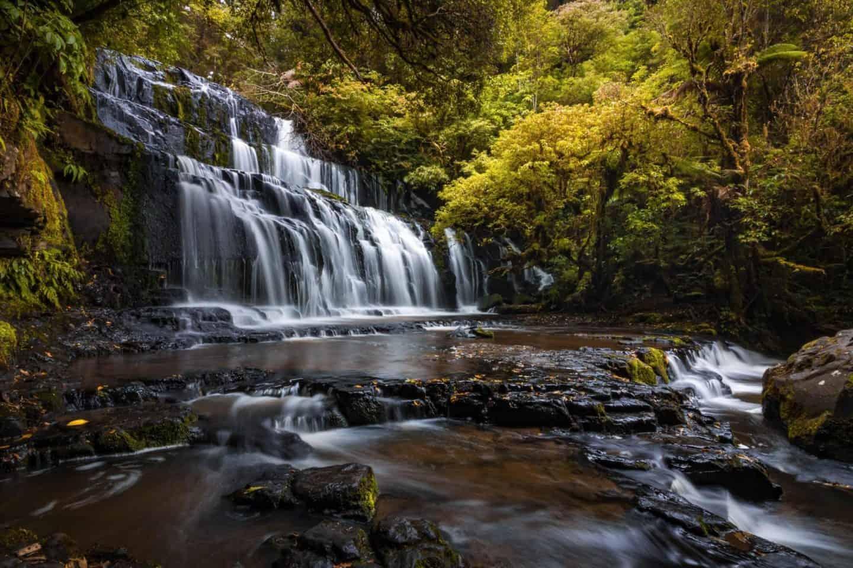Autumn tones create a colorful scene at Parakaunui Falls.