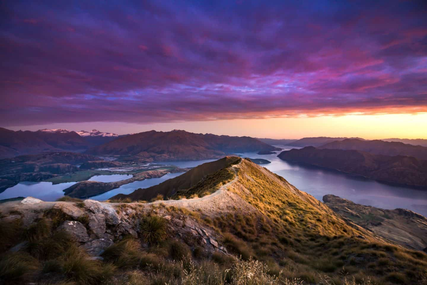 Sunrise landscape photography from Roy's Peak in New Zealand.