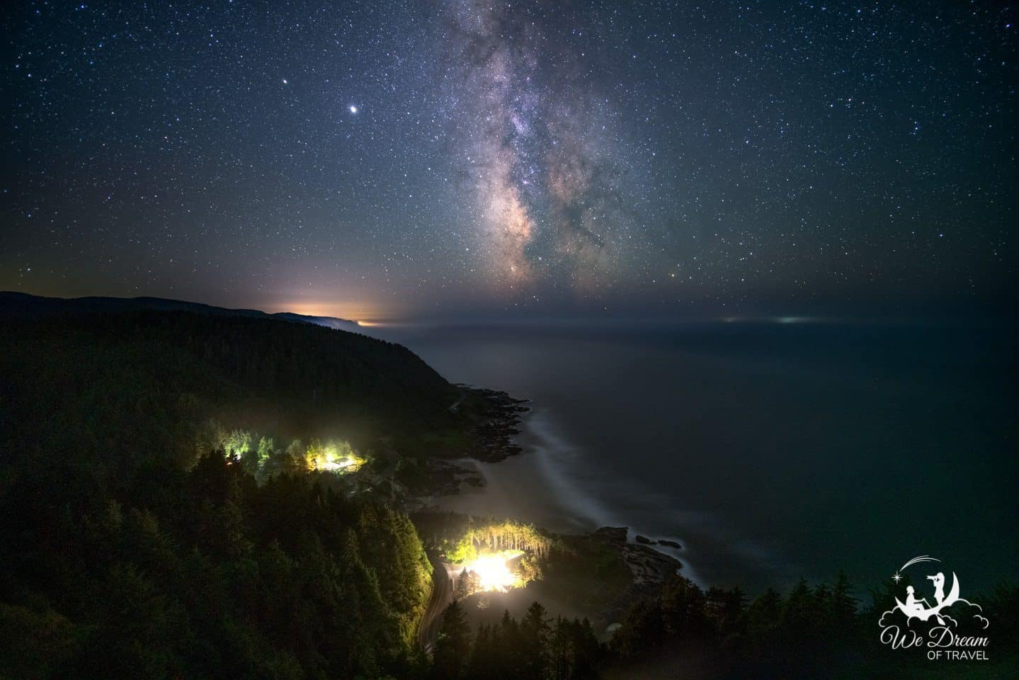 Milky Way photography over cape perpetua on the Oregon coast