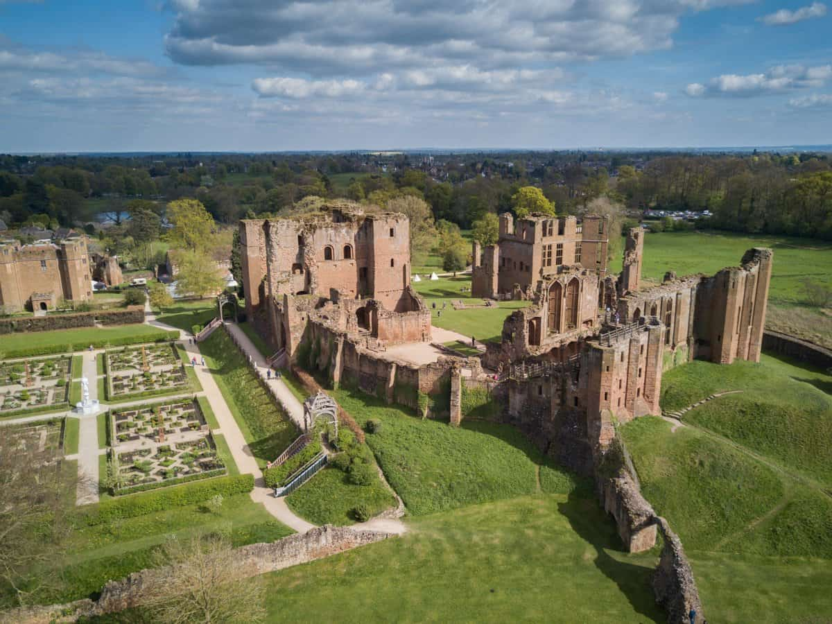 Aerial image of Kenilworth Castle near London