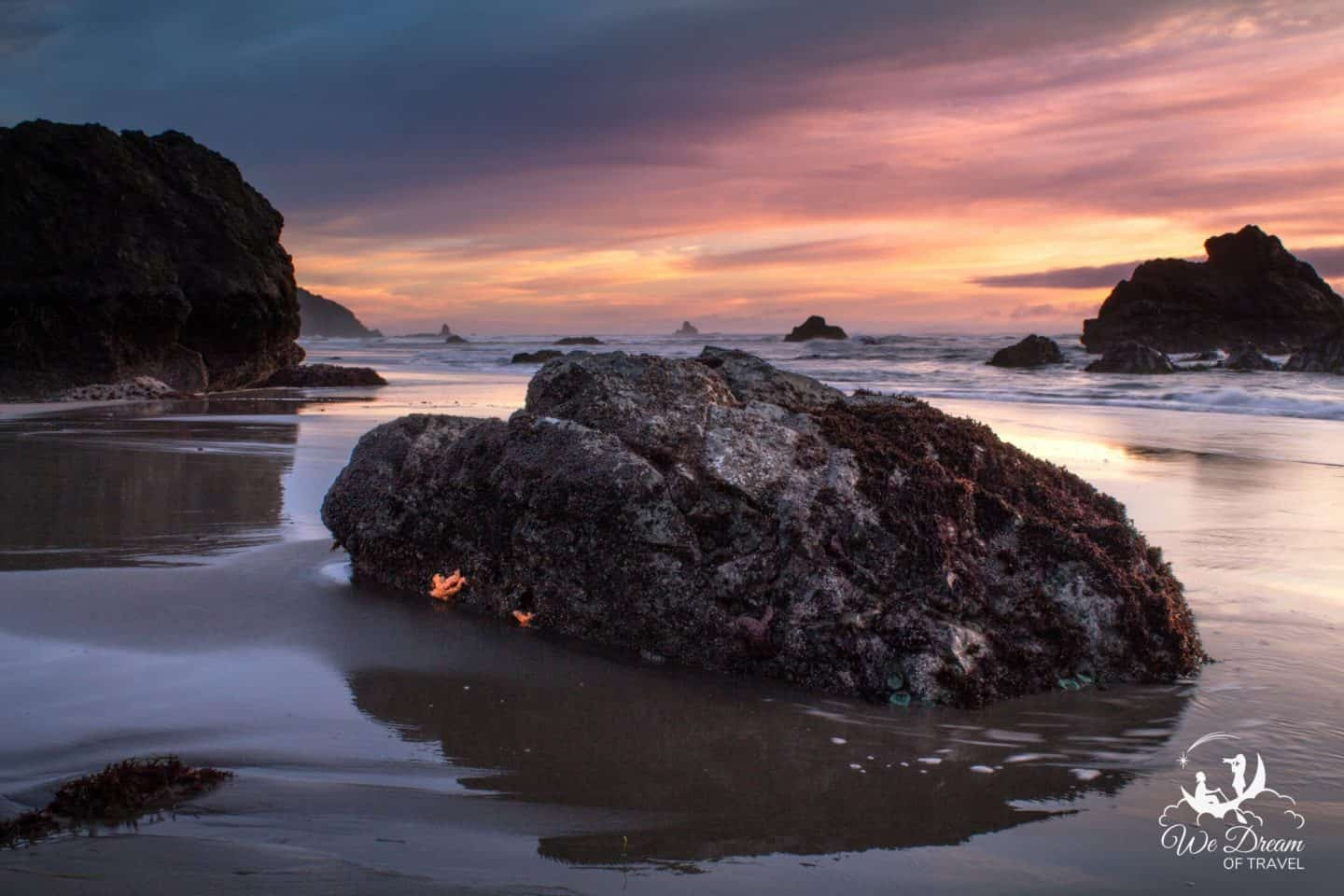 Vibrant sunset at Lone Ranch in Harris Beach on the coast of Oregon.