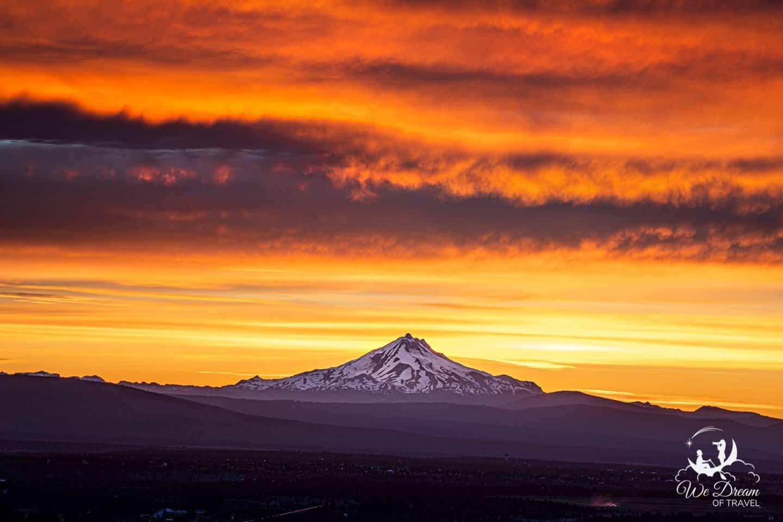 Fiery sunset of Mt Jefferson