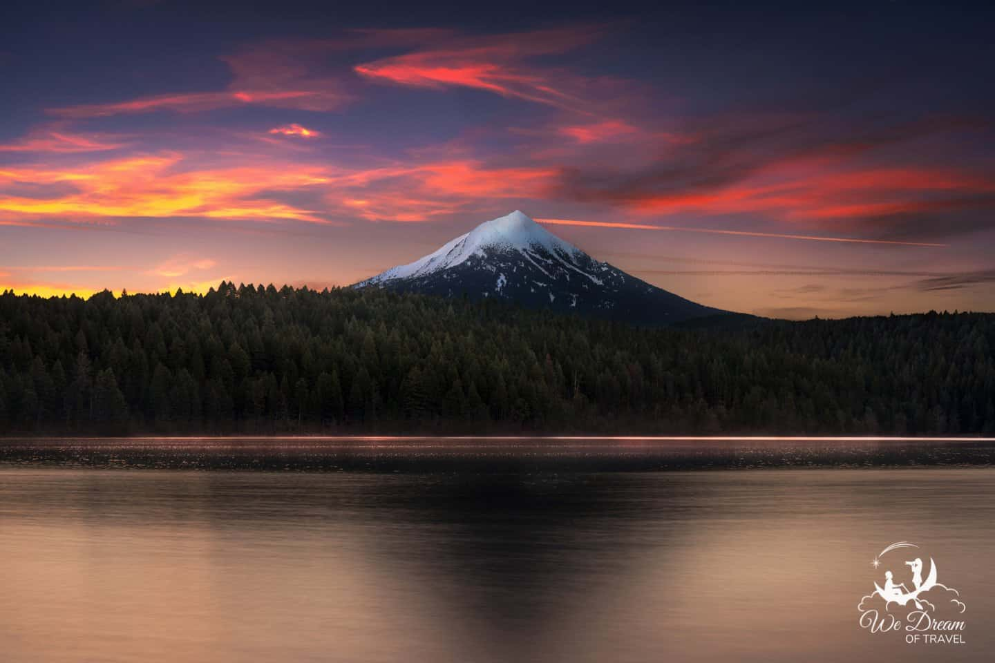 Mt Mcloughlin at sunrise, taken from Willow Lake in Southern Oregon