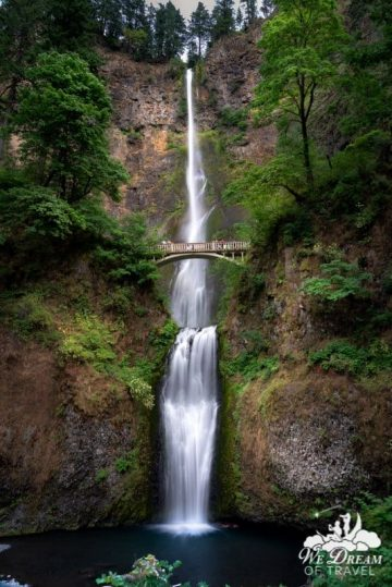 The number one best waterfall in Oregon has to be Multnomah Falls in the Columbia River Gorge.