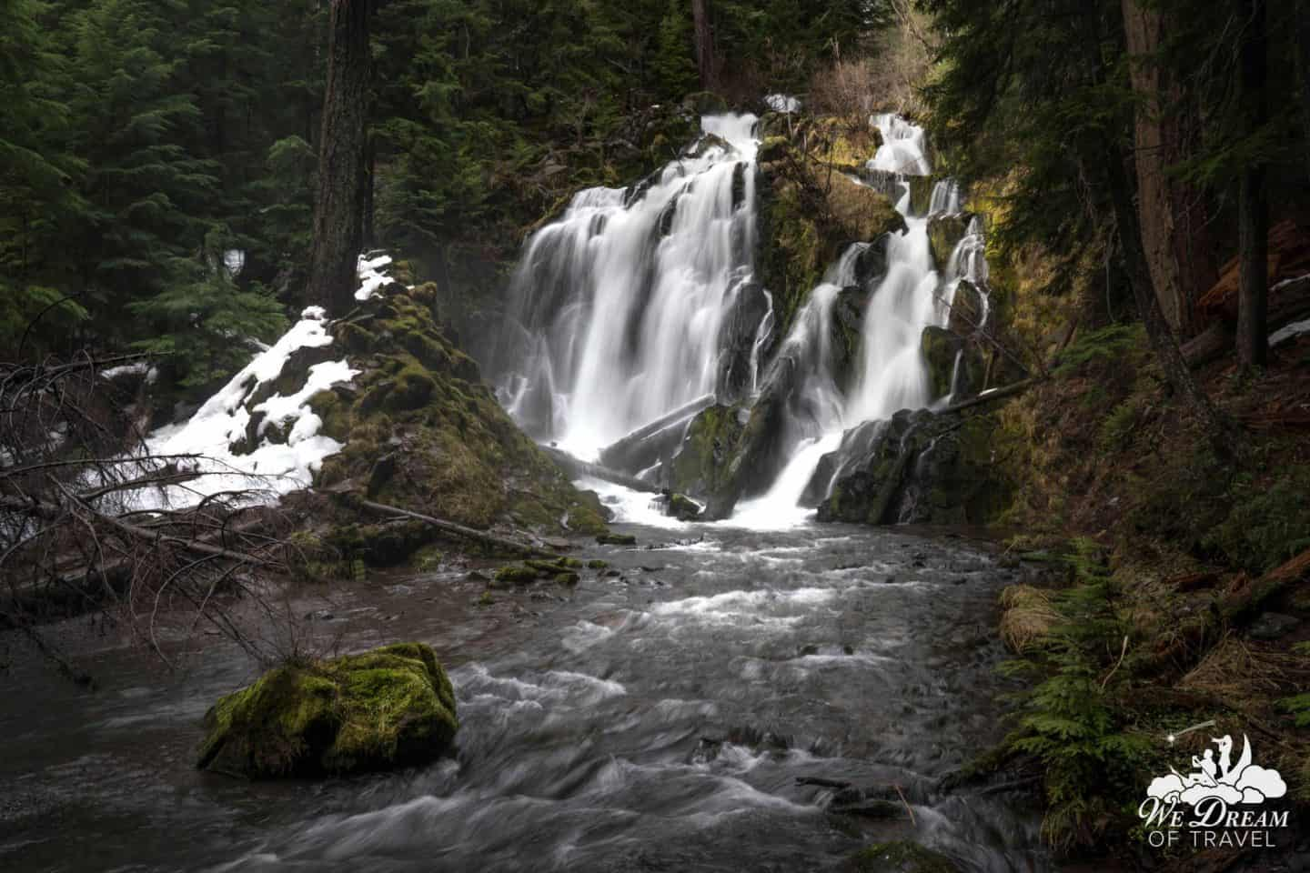 This impressive Oregon waterfall is often neglected, despite its proximity to Crater Lake.