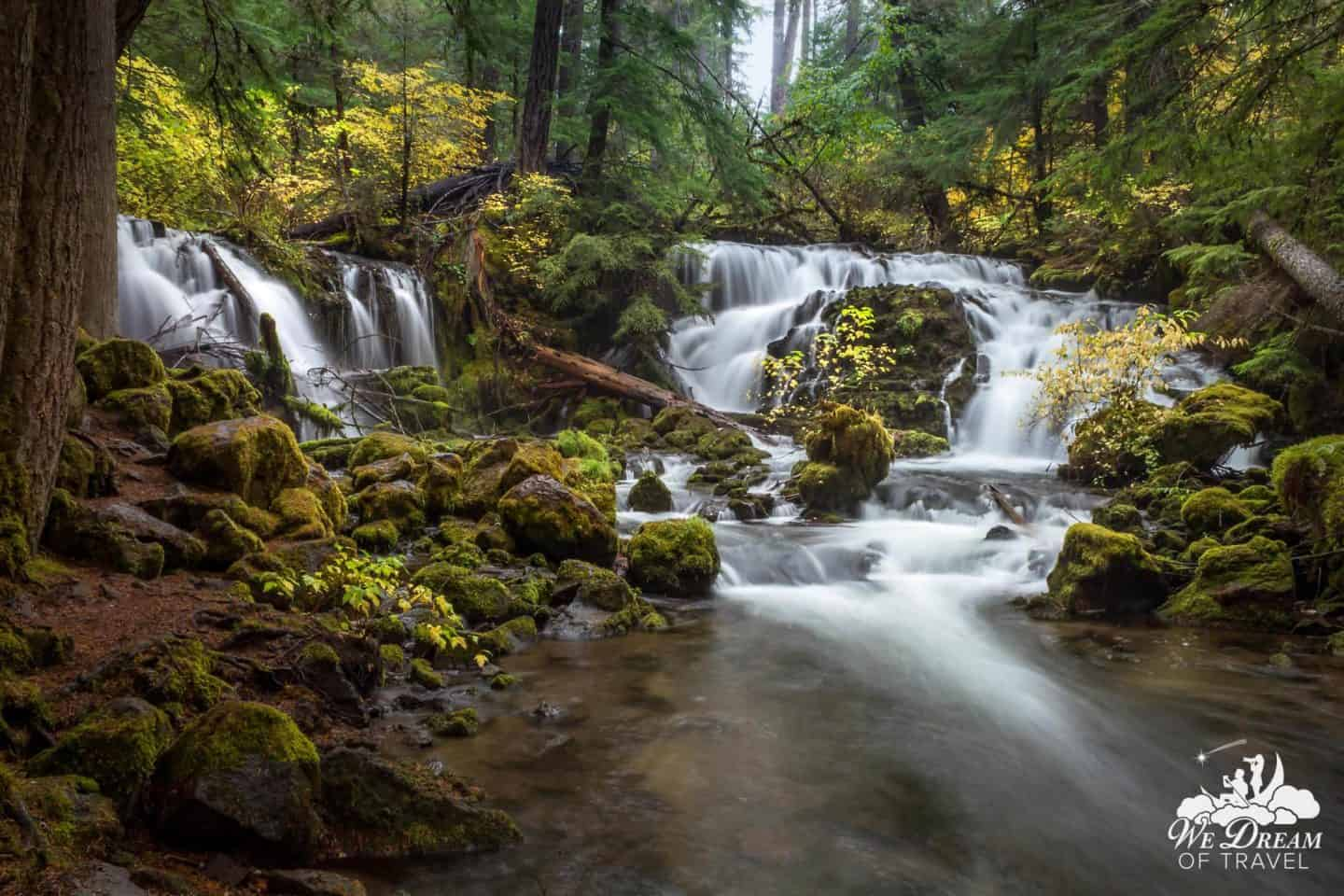 One of the smaller but best waterfalls in Oregon, Pearsony Falls is a local favorite.