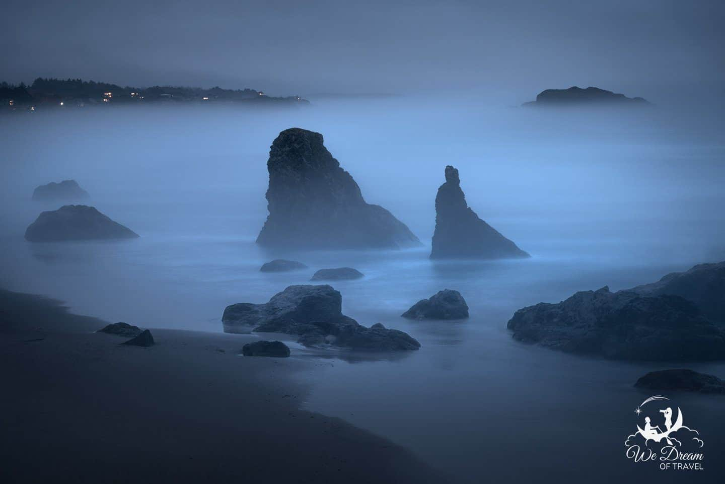 Misty blue hour photography of the sea stacks in bandon Oregon
