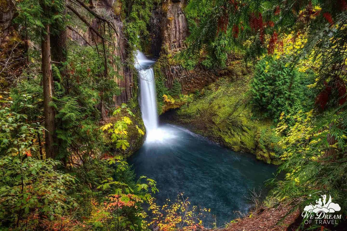 Many Southern Oregonians consider the best waterfall in Oregon to be the locally renown Toketee Falls.