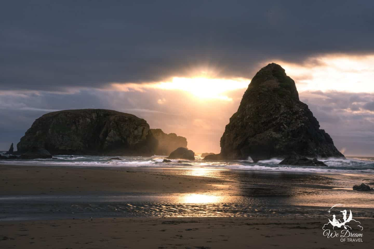 Whaleshead Beach Golden hour seascape photography