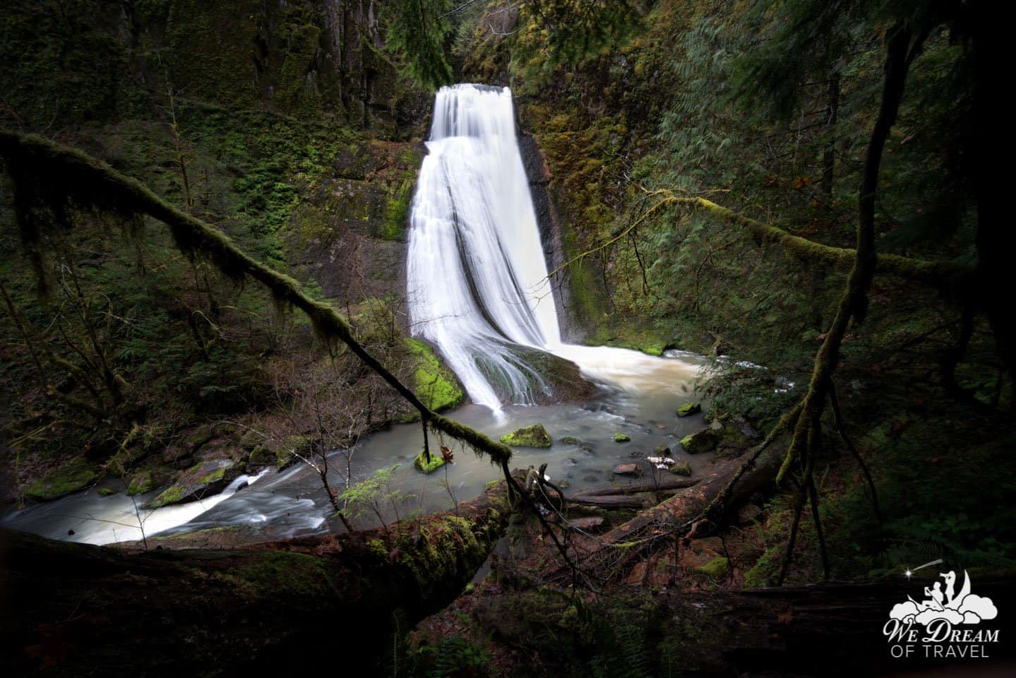 "Wolf Creek Falls is like many other waterfalls in Oregon... with a ""twist""!"