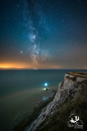 Night is a popular time to visit Beachy Head Lighthouse for astrophotographers.