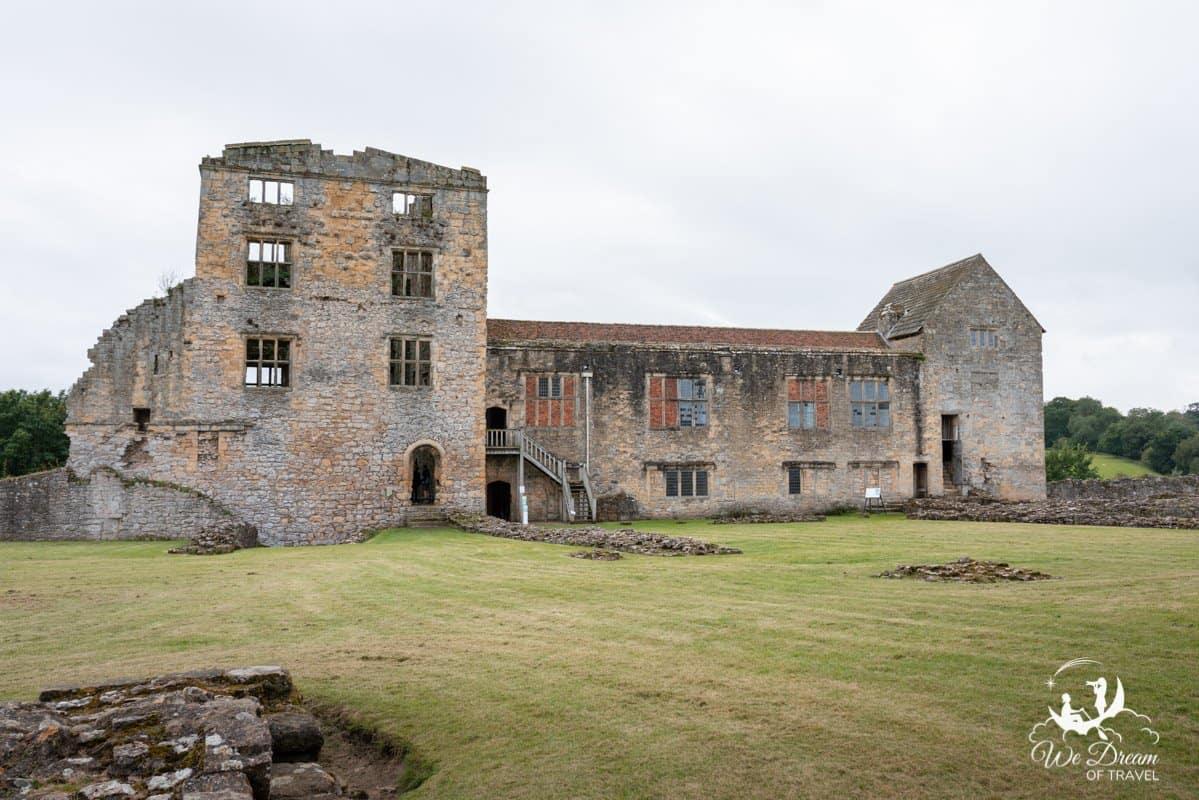 Exterior of Helmsley Castle