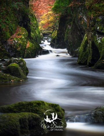 This guide will teach even the newest of beginners how to do long exposure photography.