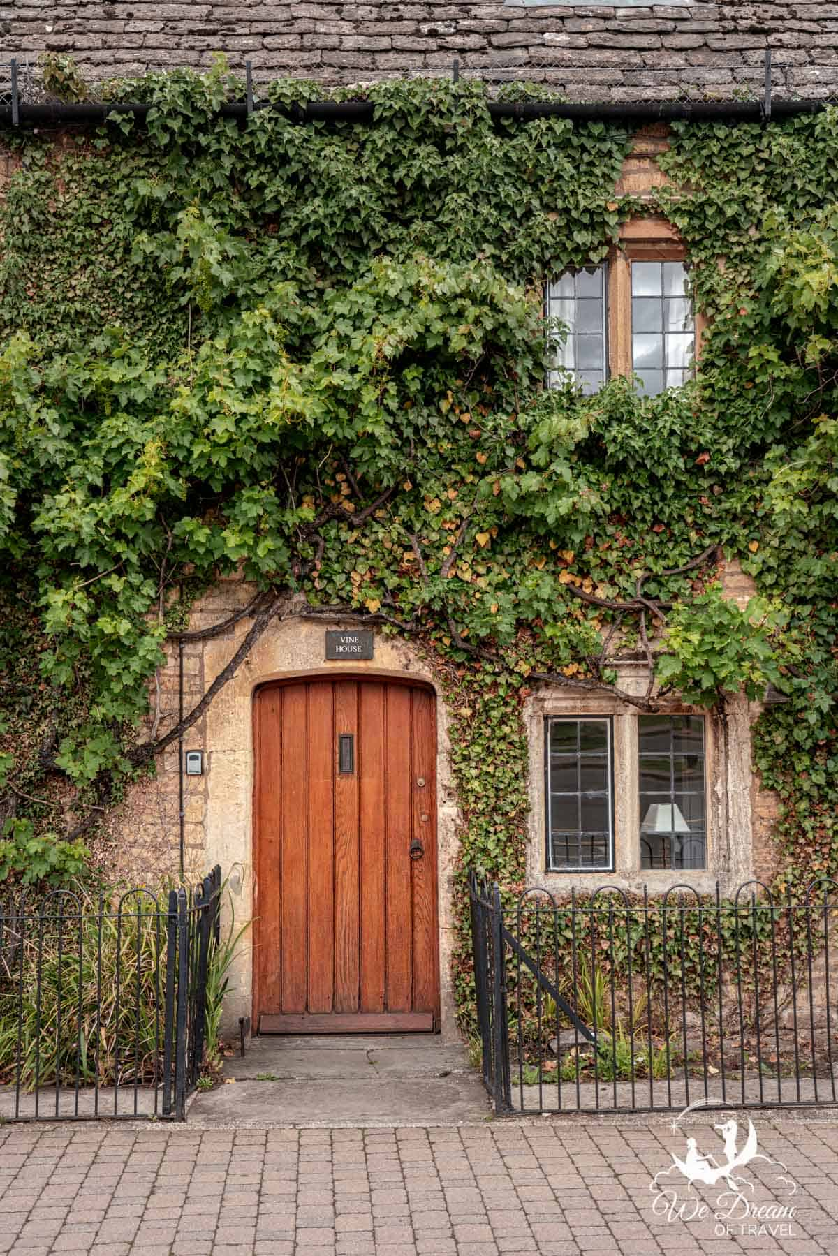 Vine house - a pretty Cotswolds home