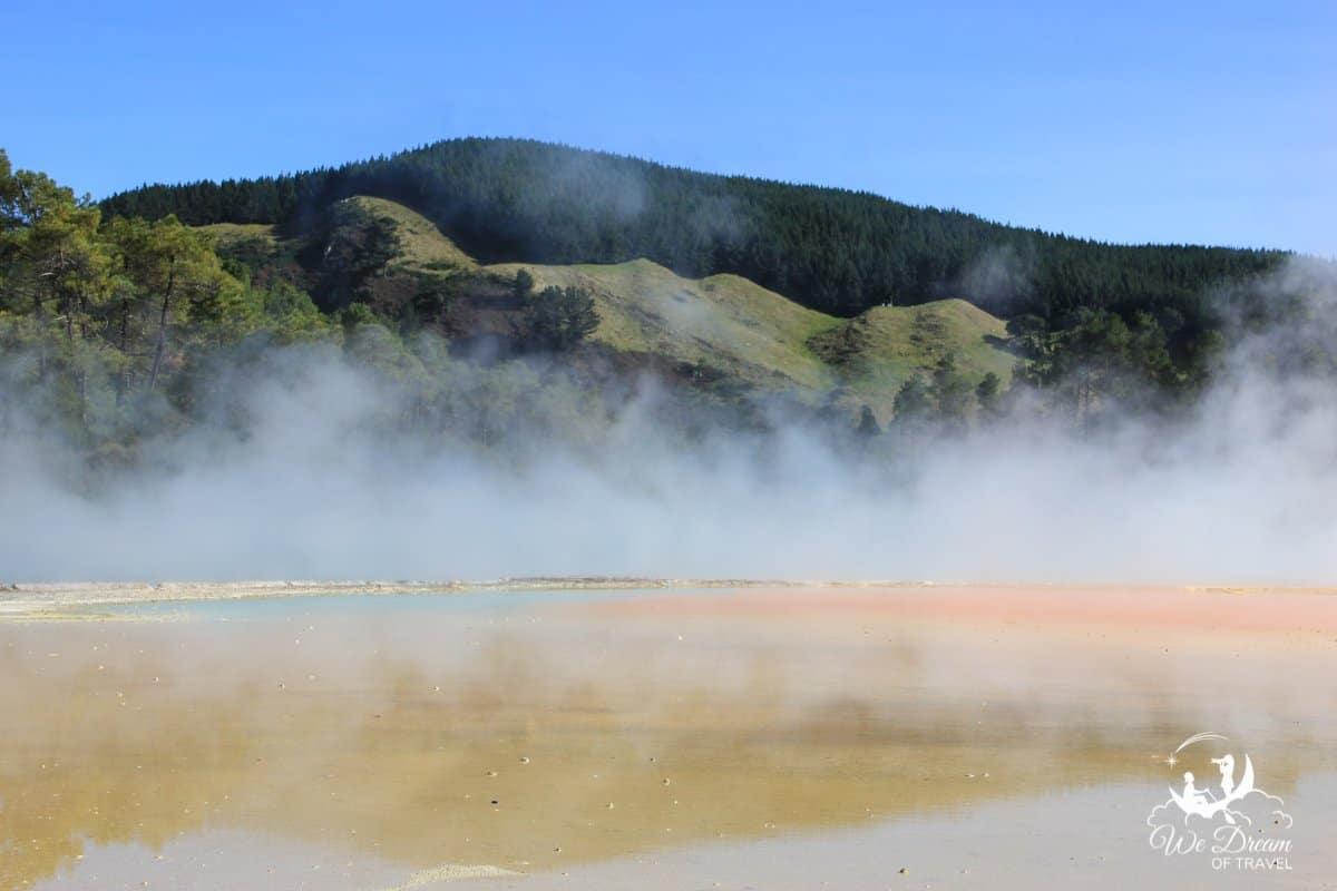 Wai-O-Tapu Geothermal Wonderland, New Zealand.