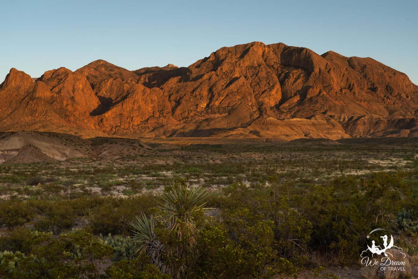 The Chisos Mountains glow red in the evenings on the Ross Maxwell Scenic Drive.