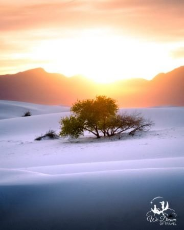 Photographing sunset is one of the best things to do in White Sands NP.