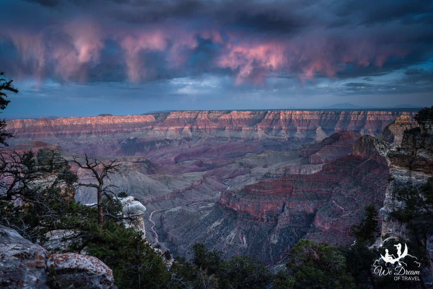 Walhalla Overlook is a good option for capturing the reverse-sunset colors that often occur in the Grand Canyon.
