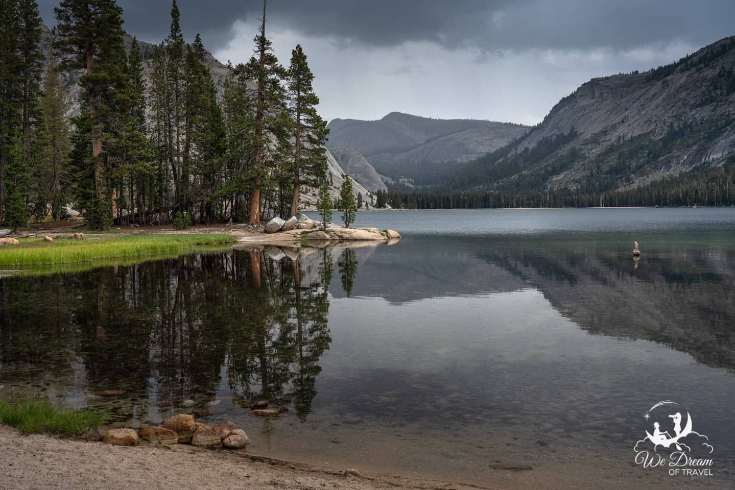 Even on a moody day, Tenaya Lake is the perfect place on Tioga Pass Road for a picnic.