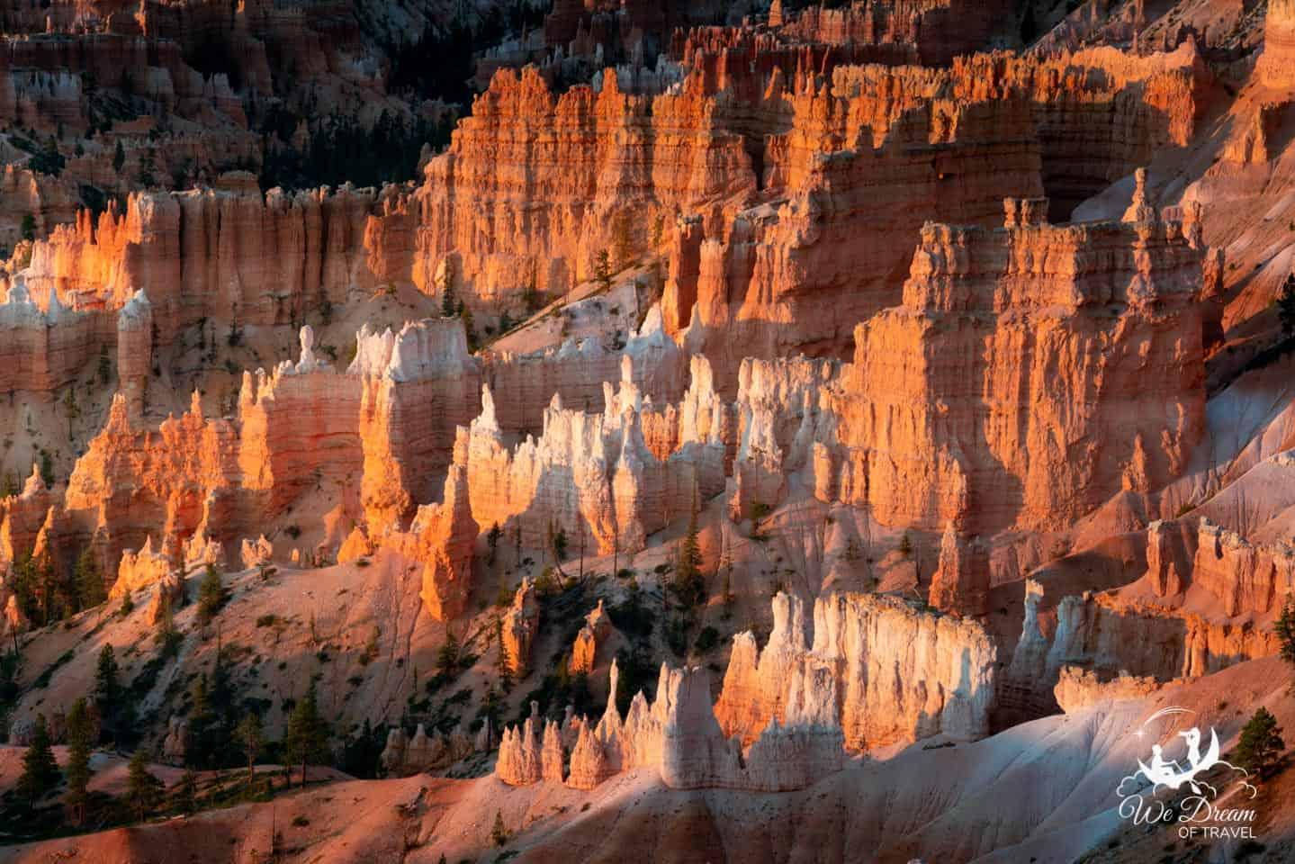 Sunrise at Bryce Canyon National Park.