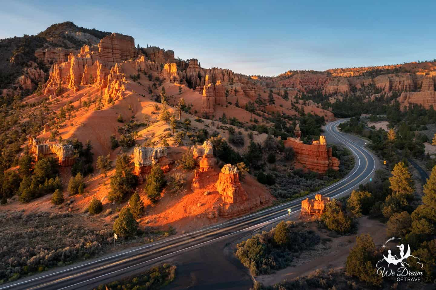 Scenic Byway 12 runs past the Red Canyon on the way to Bryce Canyon from Zion NP.